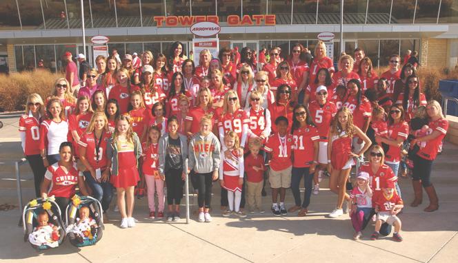 Cheers to Volunteers! – Chiefs Women's Organization