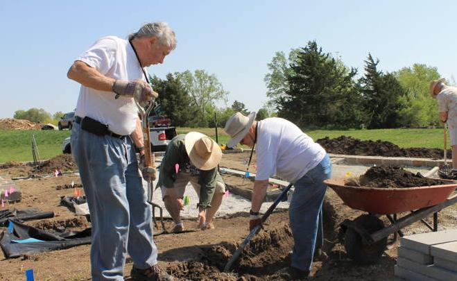 Cheers to Volunteers! – Overland Park Arboretum & Botanical Gardens