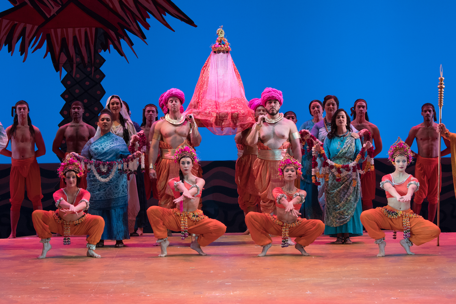 REVIEW: Visually appealing 'Pearl Fishers' entertains by embracing the opera's conundrums