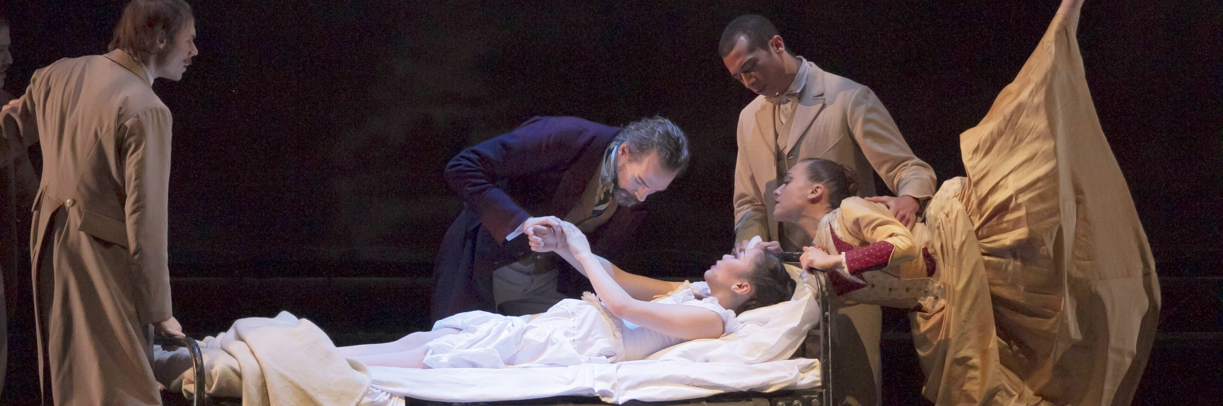 POISED BETWEEN STORY AND GORE: KC Ballet's 'Dracula' impresses the eye, frustrates the soul