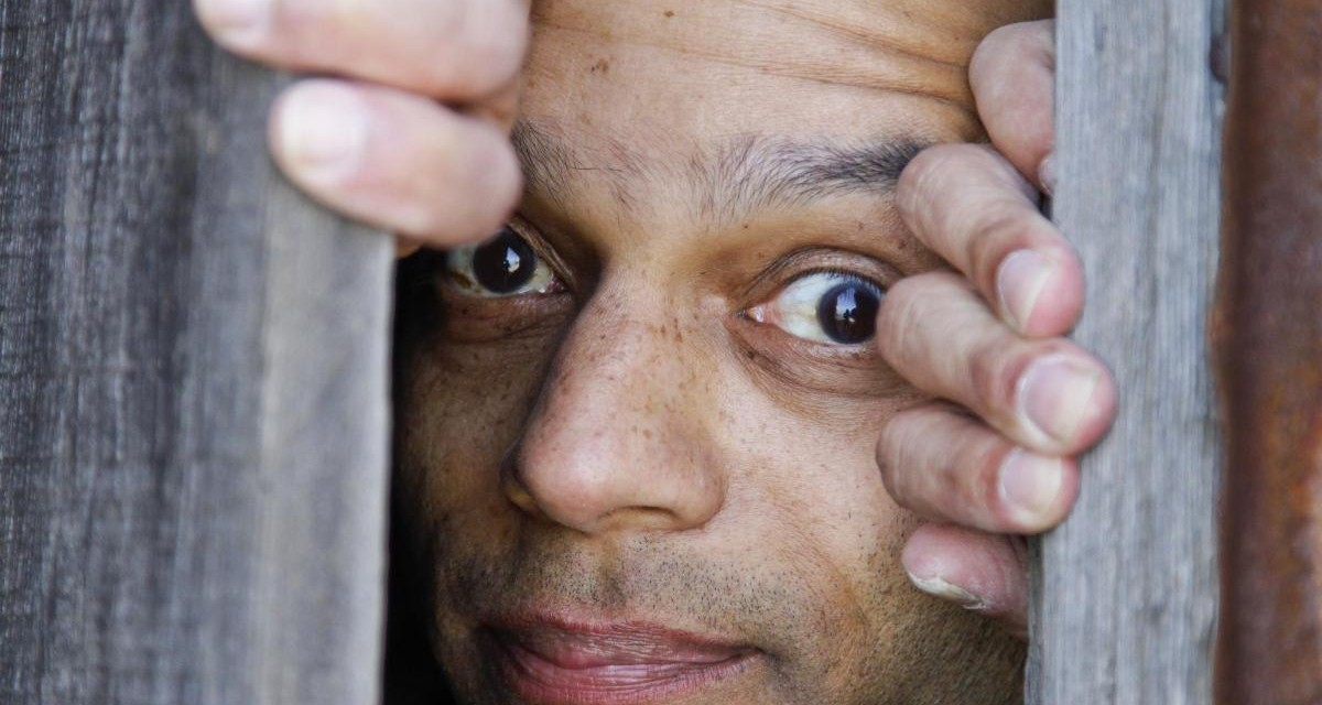 CAN'T SCHMAN'T: Actor-comedian recounts his own obstacles and triumphs in Fringe Fest show