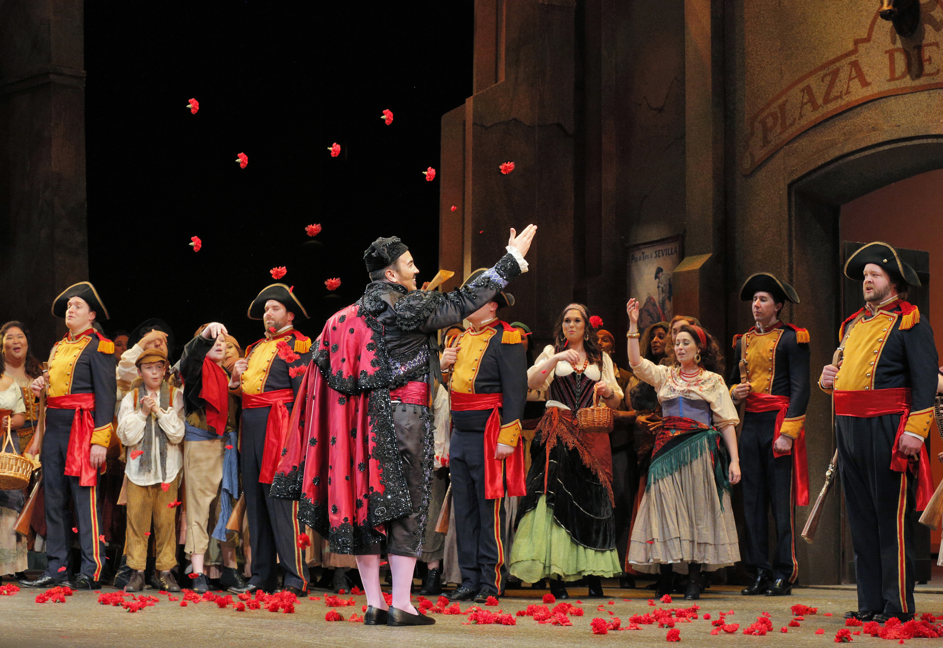 IN REVIEW: Lyric 'Carmen' keeps us intrigued, introduces stunning mezzo-soprano