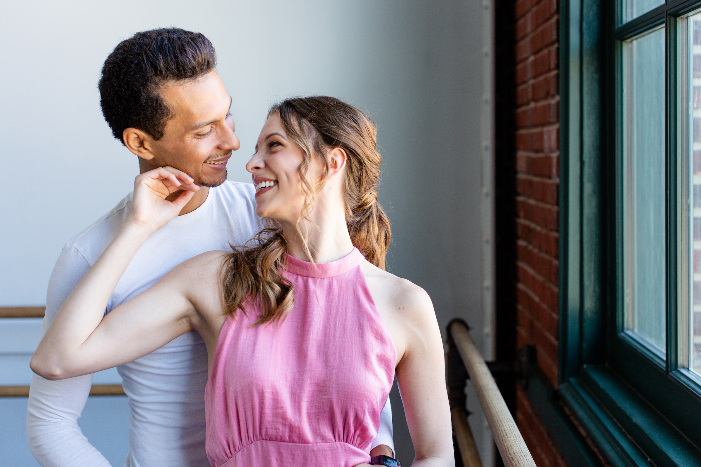 LOVE AT FIRST PLIÉ: Dancers find love through artistry and understanding