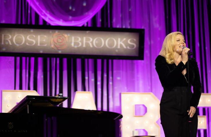 Rose Brooks Center – Cabaret